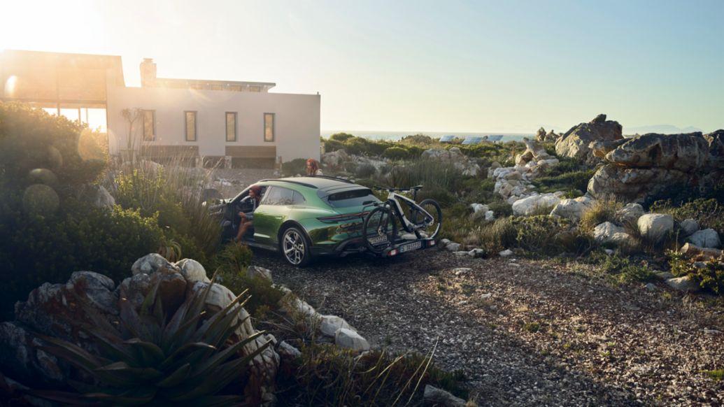 Название: Porsche eBike SPORT_Taycan Cross Turismo_rear carrier .jpeg Просмотров: 4  Размер: 97.3 Кб